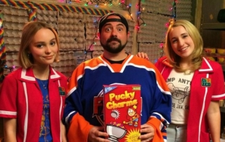 Kevin-Smiths-Yoga-Hosers